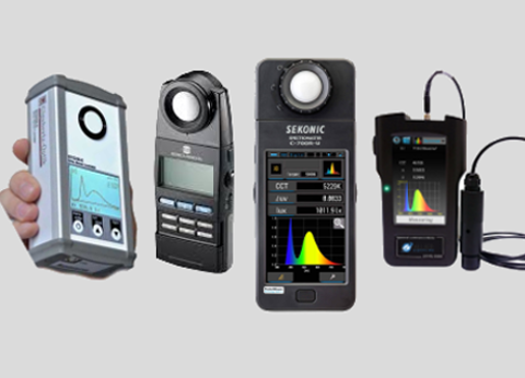 Hand held spectrometers & colorimeters